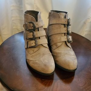 SO suede buckle boots